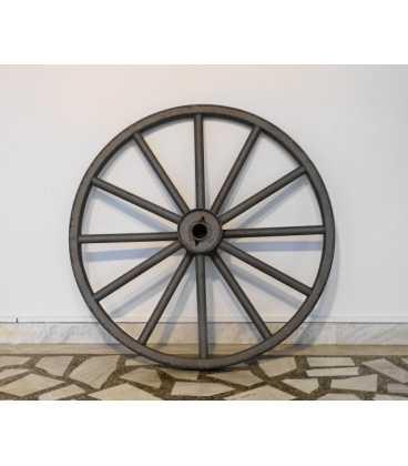 Old iron wheel sandblasted 058